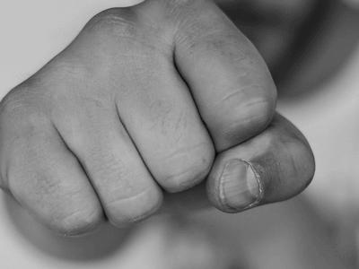 Read more about the article Männer & Gefühle: Warum Männer nur selten Gefühle zeigen