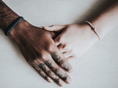 Read more about the article Kommunikation zwischen Mann und Frau: Ursachen & Tipps